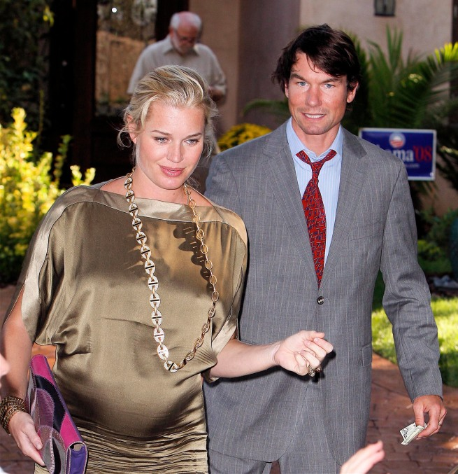 94529_Celebutopia-Rebecca_Romijn_and_Jerry_O77Connell_leaving_a_formal_party_in_Los_Angeles-22_122_551lo